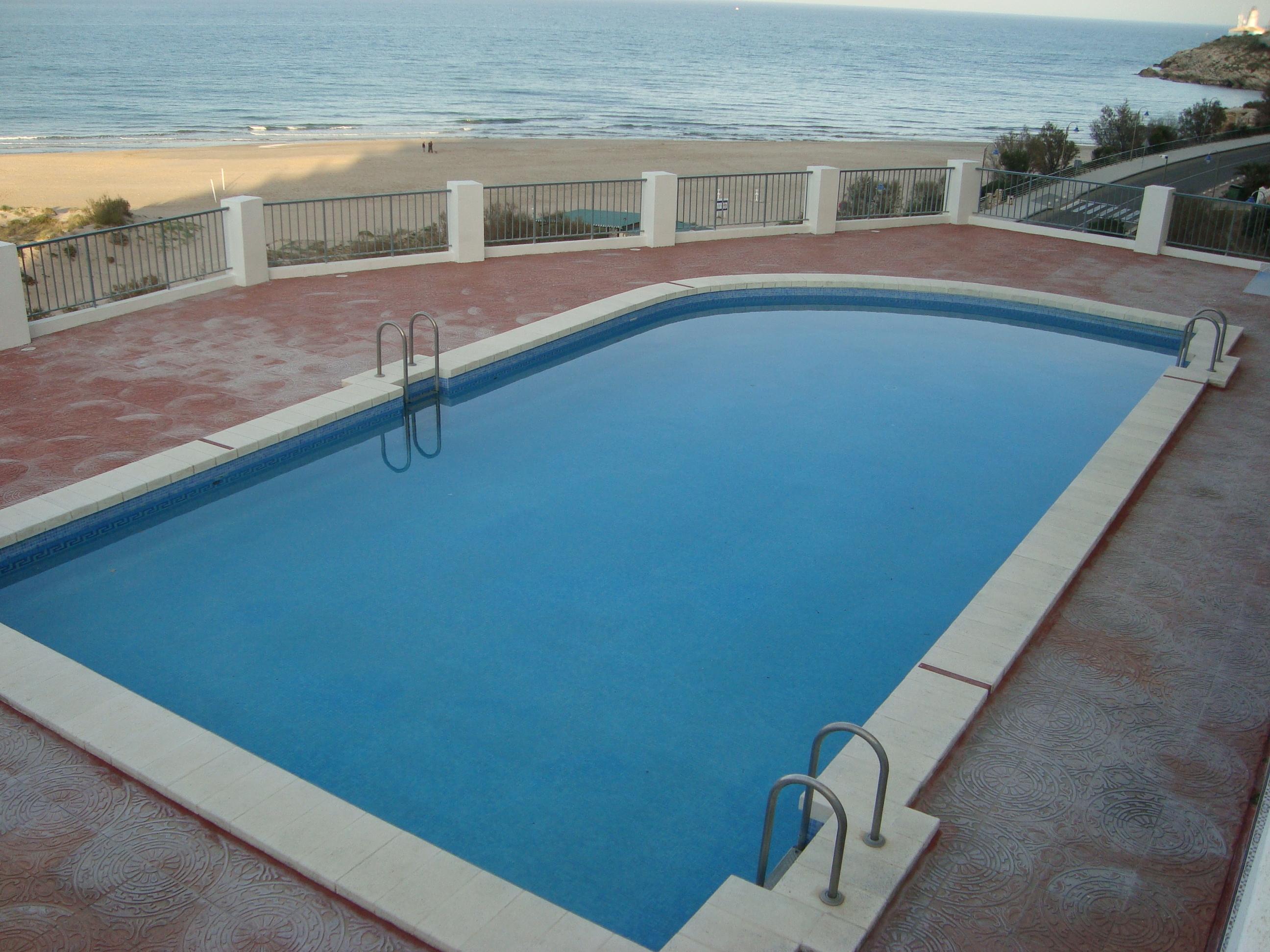 Inmobiliaria gestitur apartamento en primera l nea de playa dosel 3729 apartamento en - Venta apartamentos playa cullera ...