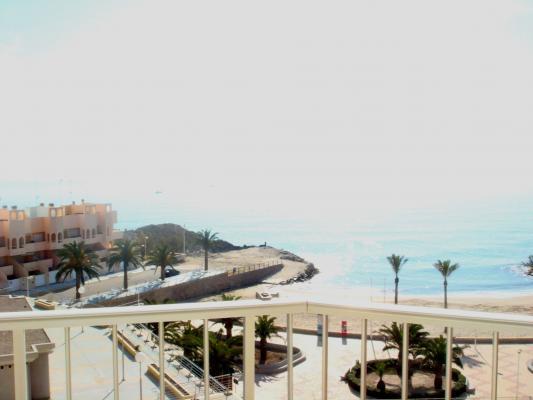 Inmobiliaria Cullera Playa Gestitur - Apartamento en Primera línea de Playa. #4331 - En Venta