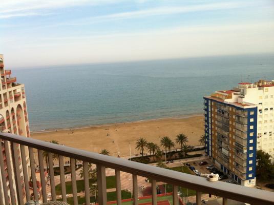Inmobiliaria Cullera Playa Gestitur - Ático en Primera línea de Playa. #4367 - En Venta