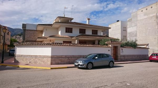Inmobiliaria Cullera Playa Gestitur - Chalet Independiente con parcela. #4726 - En Venta