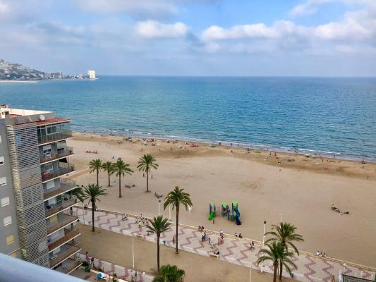 Inmobiliaria Cullera Playa Gestitur - Apartamento en Primera línea de Playa. #5707 - En Venta