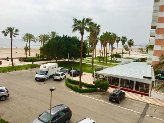 Inmobiliaria Cullera Playa Gestitur - Apartamento en Primera línea de Playa. #5657 - En Venta