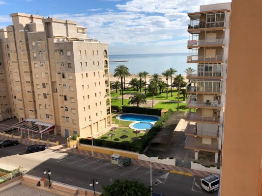 Inmobiliaria Cullera Playa Gestitur - Apartamento en Segunda línea de Playa.  #5746 - En Venta