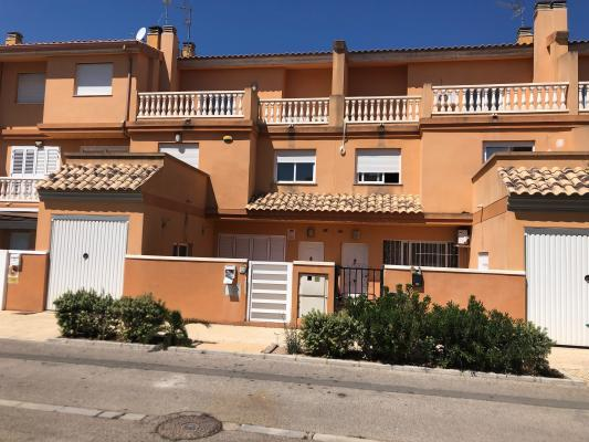 Inmobiliaria Cullera Playa Gestitur - Adosado en Zona Bulevar del Xuquer. #5810 - En Venta