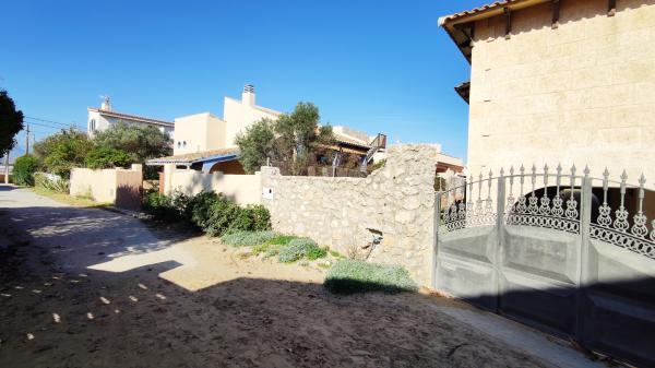 Inmobiliaria Cullera Playa Gestitur - Chalet en la zona del Marenyet #5881 - En Venta