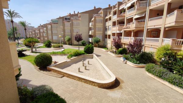 Inmobiliaria Cullera Playa Gestitur - Apartamento en Urbanización Bahia Park. #5895 - En Venta