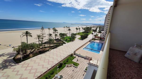 Inmobiliaria Cullera Playa Gestitur - Apartamento en Primera línea de Playa. #5937 - En Venta