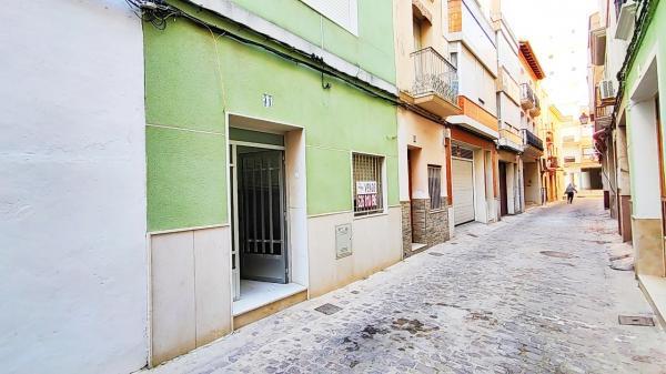 Inmobiliaria Cullera Playa Gestitur - Planta Baja en Zona centro. #5949 - En Venta
