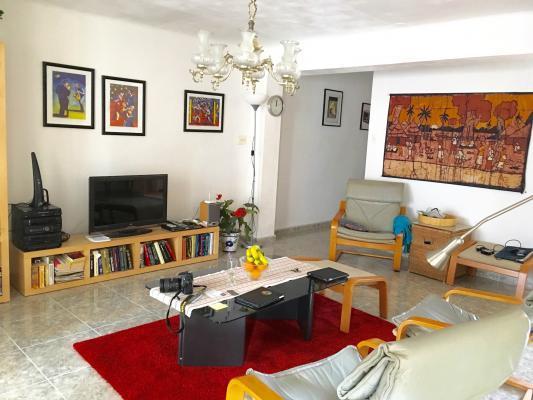 Inmobiliaria  Gestitur - Piso en Calle País Valencià. #4950 - Pueblo - Apartamento - En Venta