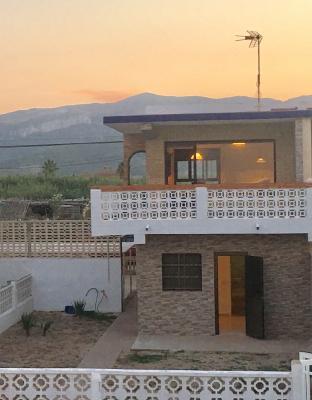 Inmobiliaria Cullera Playa Gestitur - Adosado en la zona Brosquil #5711 - En Venta