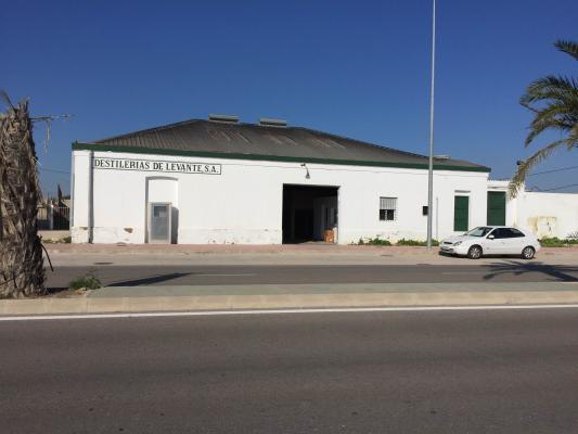 Inmobiliaria Cullera Playa Gestitur - Parcela en Suelo Industrial. #4809 - En Venta