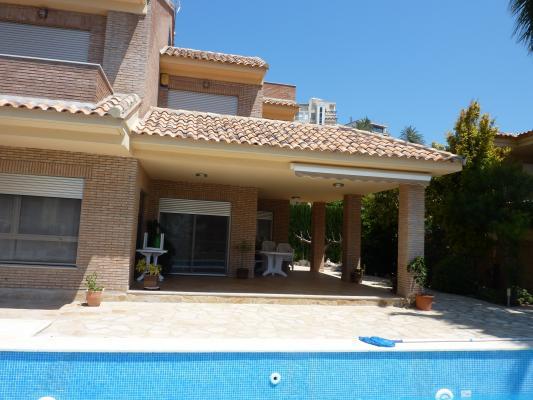 Inmobiliaria Cullera Playa Gestitur - Chalet Independiente en Cap Blanc. #5340 - En Venta