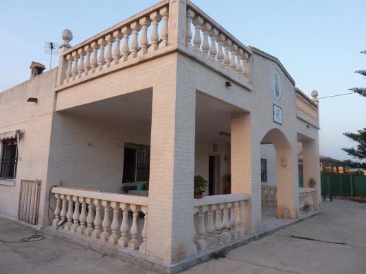 Inmobiliaria Cullera Playa Gestitur - Chalet en el Marenyet. #3867 - Marenyet - Chalet - En Venta