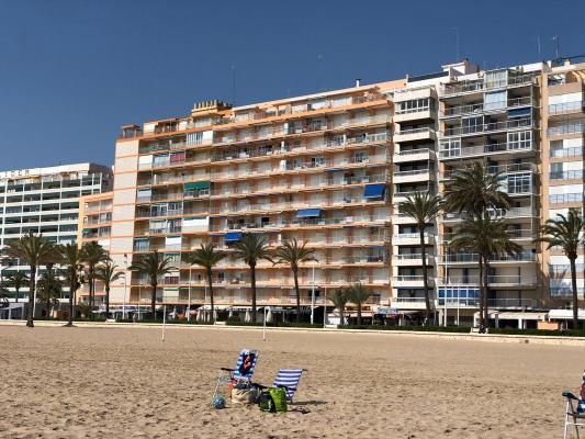 Inmobiliaria Cullera Playa Gestitur - Apartamento en Primera línea de Playa. #5886 - En Venta