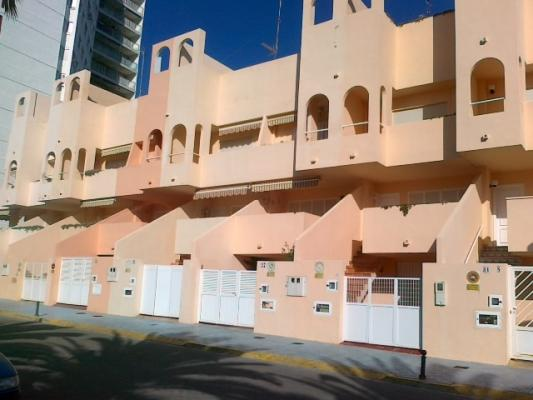 Inmobiliaria Cullera Playa Gestitur - Adosado en Primera línea de Playa #3444 - En Venta