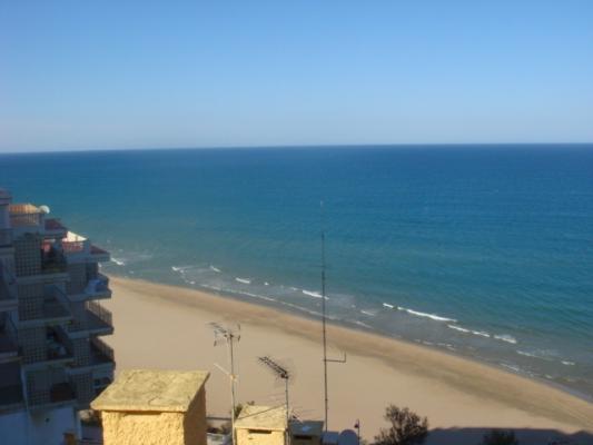 Inmobiliaria Cullera Playa Gestitur - Apartamento en Primera línea de Playa. #3728 - En Venta