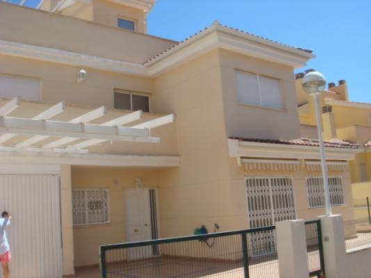 Inmobiliaria Cullera Playa Gestitur - Adosado en Eden Santa Marta. #3977 - Racó - Apartamento - En Venta