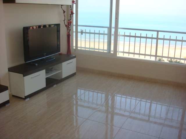 Inmobiliaria gestitur apartamento en primera l nea de playa rac 3719 apartamento en - Venta apartamentos playa cullera ...