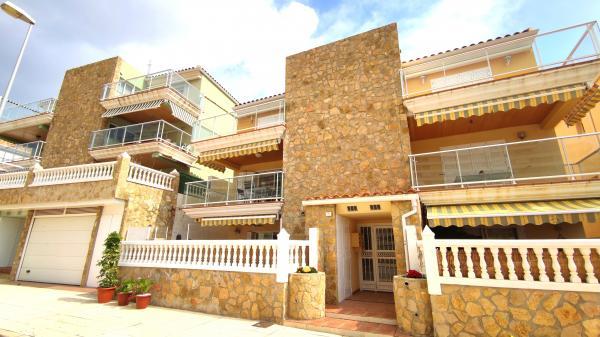 Inmobiliaria Cullera Playa Gestitur - Apartamento en la zona Racó. #6005 - En Venta