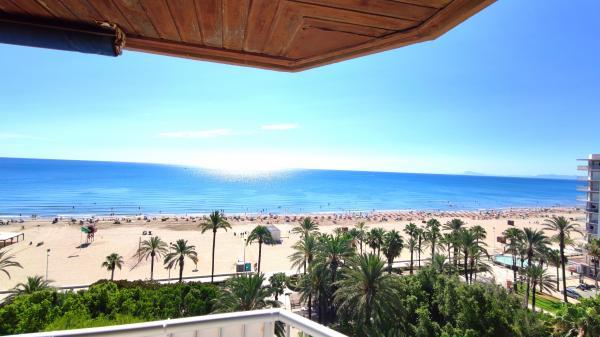 Inmobiliaria Cullera Playa Gestitur - Apartamento en Primera línea de Playa. #6015 - En Venta
