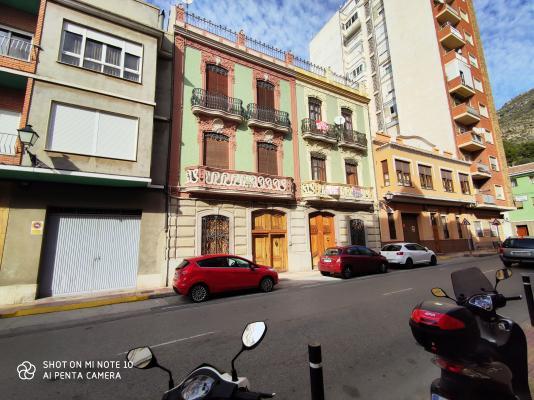 Inmobiliaria Cullera Playa Gestitur - Casa en la zona del Pueblo. #5873 - En Venta