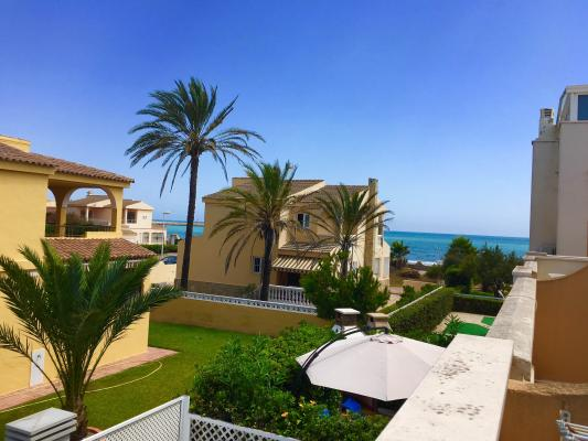 Inmobiliaria Cullera Playa Gestitur - Adosado en la zona del Marenyet. #5332 - En Venta