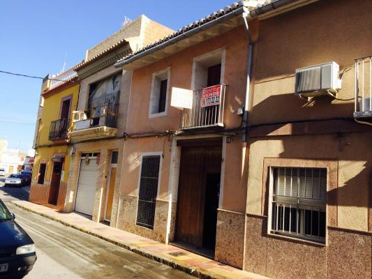 Inmobiliaria Cullera Playa Gestitur - Casa en Zona Arrabal. #4264 - En Venta