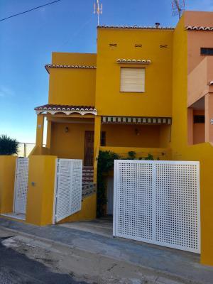 Inmobiliaria Cullera Playa Gestitur - Adosado en el Marenyet #5743 - En Venta